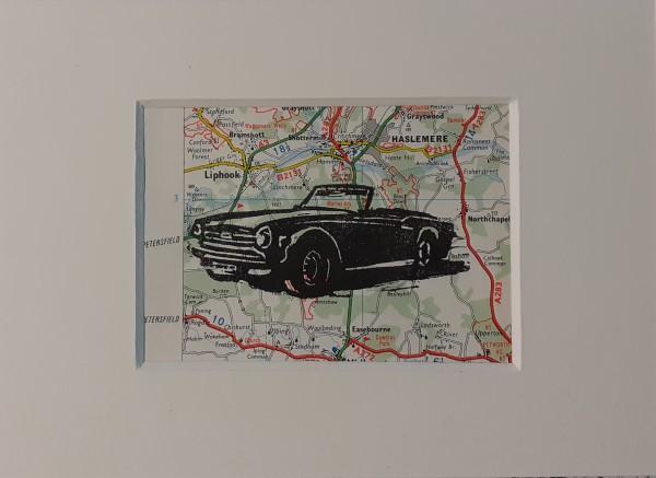 Atelier le garage | Triumph tr6 | motoring art | motoring artist | classic triumph | old Triumph | TR6 | Triumph oldtimer | Triumph classic | Triumph motor company | Triumph cars | oldtimerkunst | classic car | car art | autokunst | linocut | linosnede | oude wegenkaart | Engeland | |